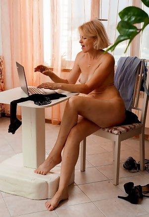 nude wife tube