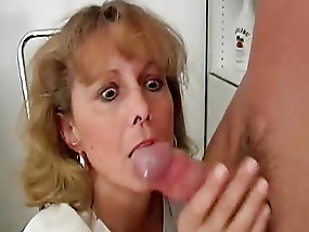 squirting mature tube