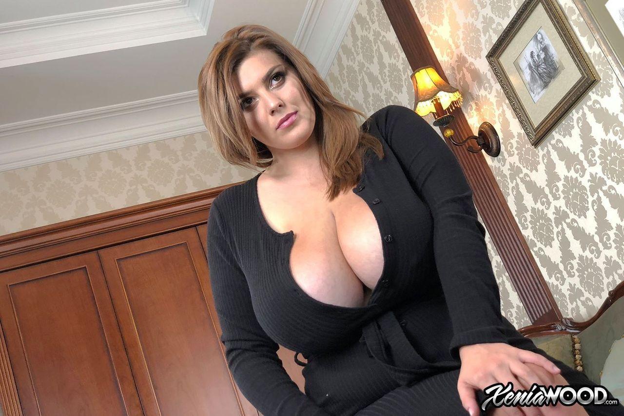 extreme ebony boobs